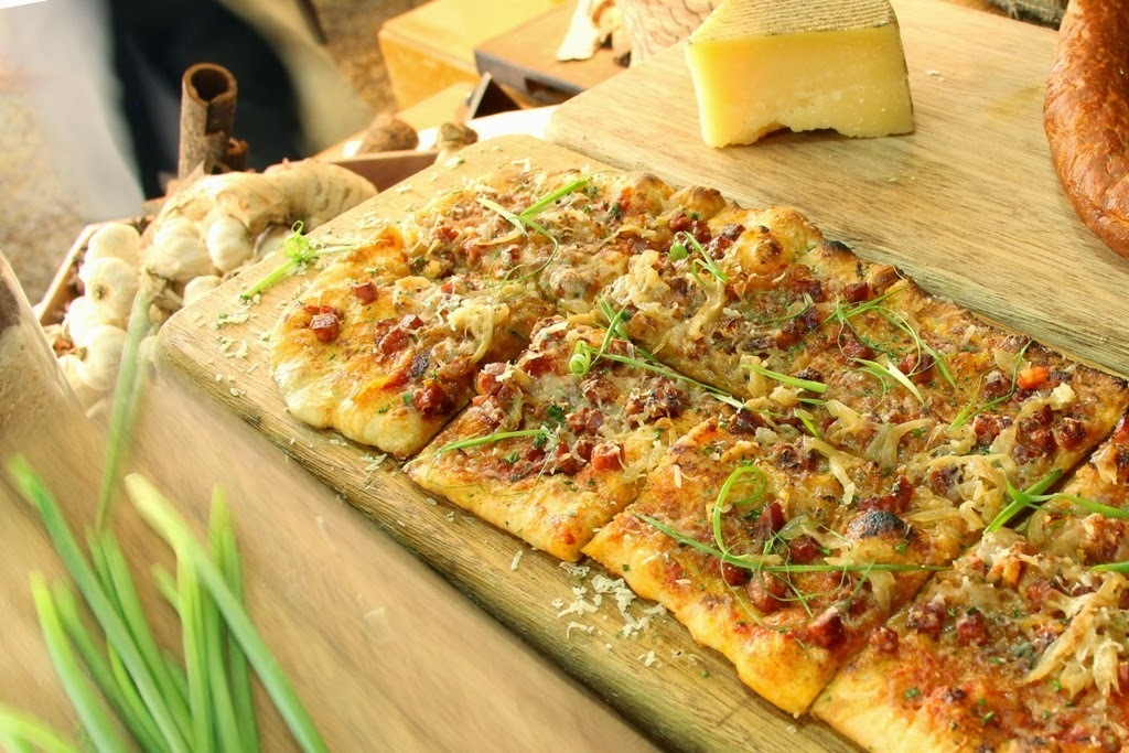 Food News: Sample the Signature Pizza by Todd English at Fairmont Makati's Spectrum