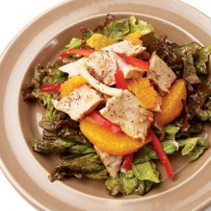 Grilled Tuna, Orange & Jicama Salad with Red Onion Dressing