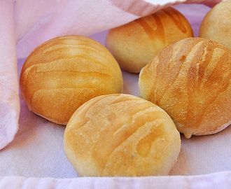 Soft sandwich buns