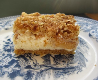 Apple Cheesecake Cookie Bars