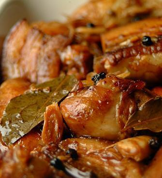 Adobo (Chicken Stewed in Vinegar, Garlic and Soy Sauce)