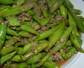 Stir Fried Ground Beef and Green Beans
