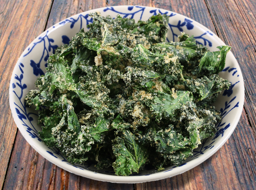 Easy Cheesy Kale Chips