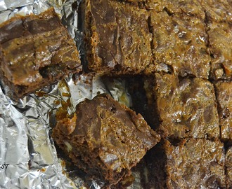 Dulche De Leche (DDL) Brownies - My 27th guest post for Lemon Kurry