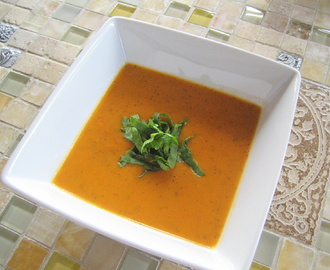 Healthy Meal: Tomato & Carrot Soup (for One)