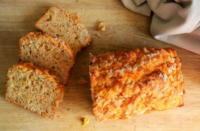Mielie Bread with Sundried Tomatoes