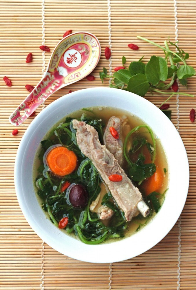 theboywhoatetheworld cooks: Watercress, Goji berry & Pork Rib soup