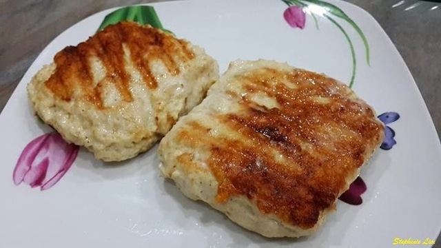 芝士鸡 (Chicken Patty with Cheese)