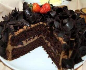 Cara Membuat Black Forest Caramel Cream