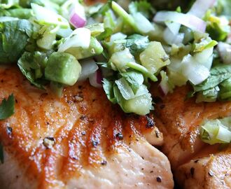 Seared Salmon with Avocado Salsa Verde