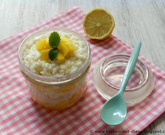 Kokos-Milchreis mit Mango und Limette/ Coconut rice pudding with mango and lime
