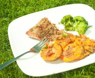 Horseradish Honey Mustard Pecan Encrusted Salmon
