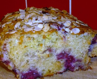 Easy Raspberry and White Chocolate Loaf Cake Recipe
