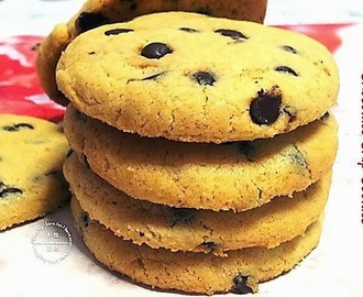 Fill the Tins with Classic Chocolate Chip Cookies