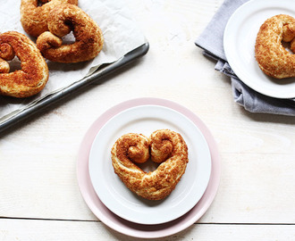 Sticky sweet heart sugar cinnamon buns