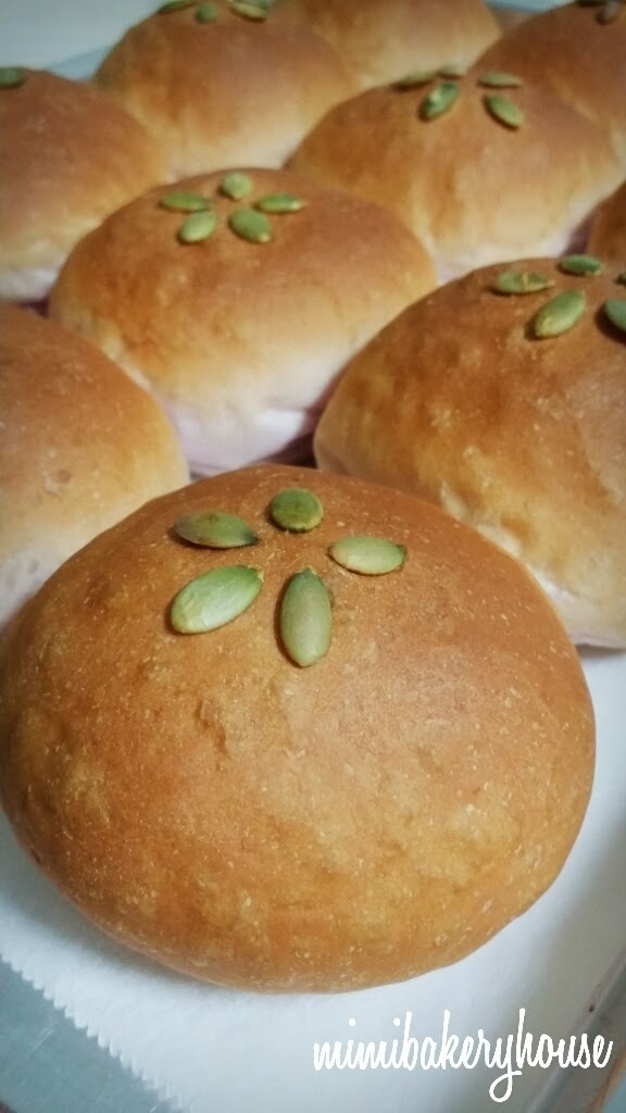 Japanese Sweet Potato Bread Rolls - Alex Goh