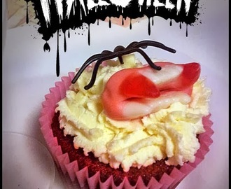 Red Velvet Cupcakes zu Halloween