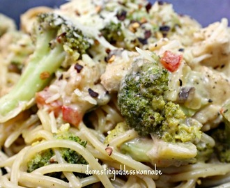 creamy lemon chicken pasta with broccoli