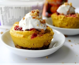 Vegan Mini Cranberry Pumpkin Cheesecakes
