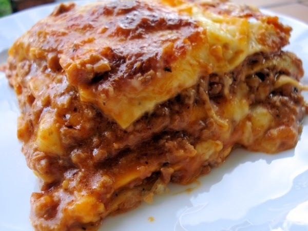 Crock Pot Lasagna Recipe {Lightly!}