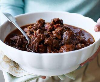 BEEF AND PORCINI STEW WITH ROSEMRY TOMATO AND RED WINE