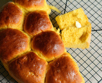 SWEET POTATO DINNER ROLLS [RECIPE]