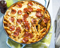 One-pot cheesy pizza pasta
