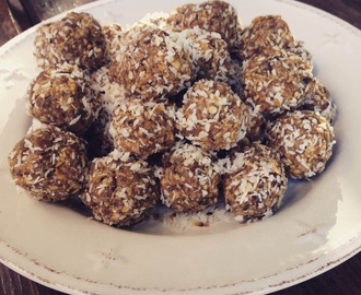 Peanut Butter, coconut and date balls