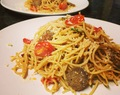 Garlic Butter Spaghetti with Tomatoes and Sausage-less Sausage