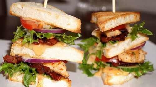 Club Sandwich med smak av sweet chili!