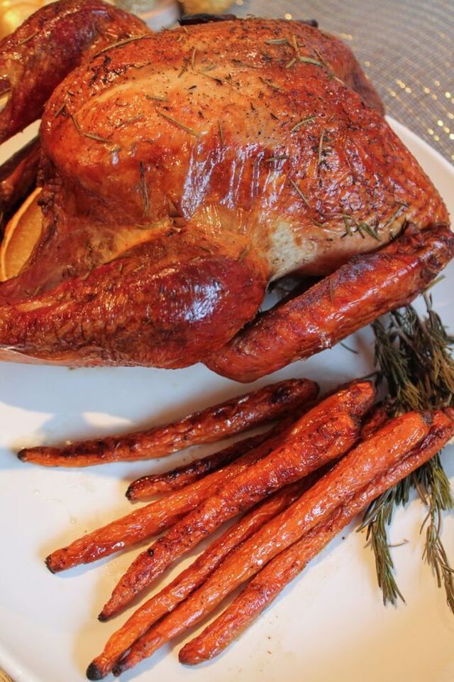 Roasted Carrots, the Easiest Thanksgiving Side Dish