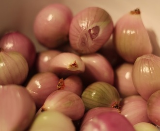 How to make the Perfect Pickled Onions in time for Christmas