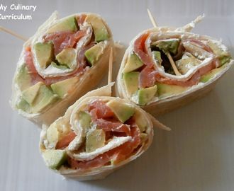 Wrap saumon fumé avocat fromage frais (Wrap smoked salmon avocado cream cheese)