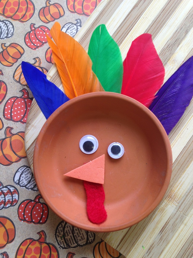 Easy Thanksgiving Craft For Kids ~ Flower Pot Saucer Turkey