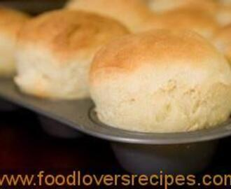 Momma's Easy No Yeast Dinner Rolls