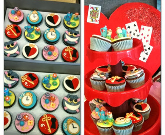 Foodamn Philippines: Alice in Wonderland Cupcakes