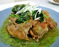 Chicken and Spinach in Oyster Sacue