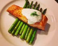 Pan Seared Salmon w/ Horseradish Dill Sauce
