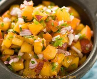 SPICY PEACH SALAD