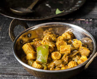 Karuvepillai Baby Corn Masala / Baby Corn & Curry Leaves Curry
