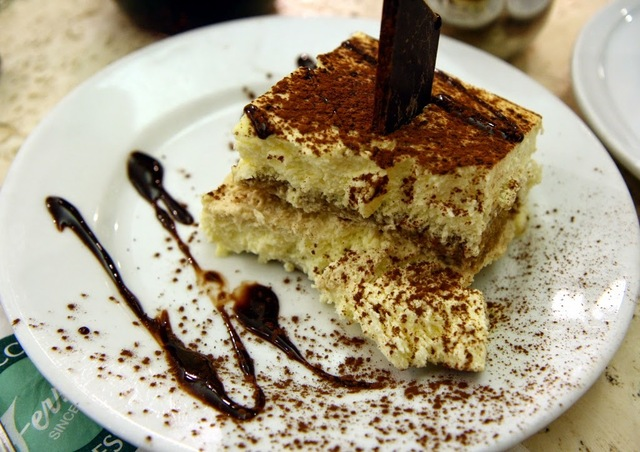 HOW TO MAKE COCONUT TIRAMISU