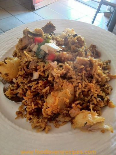 CHICKEN BIRYANI WITH RAW RICE