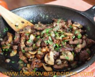 BEEF LIVER WITH BACON MUSHROOMS AND SAGE