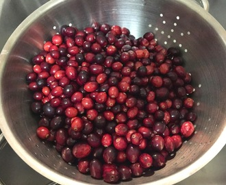 Easy Crockpot Cranberry Sauce