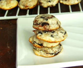 Soft Chewy Oreo Cheesecake Cookies