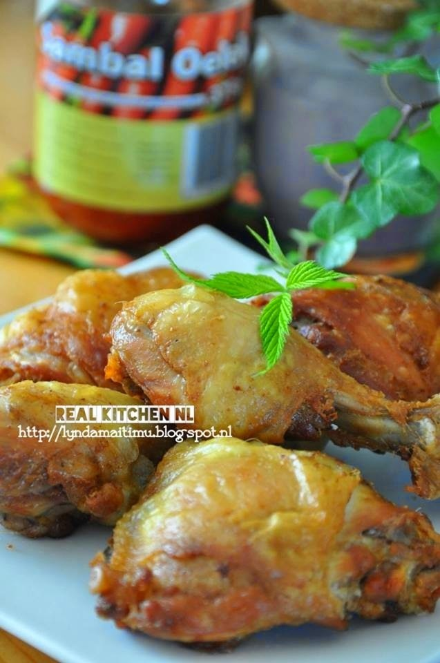 Fried Chicken yellow spice (Ayam Goreng Bumbu Kuning)
