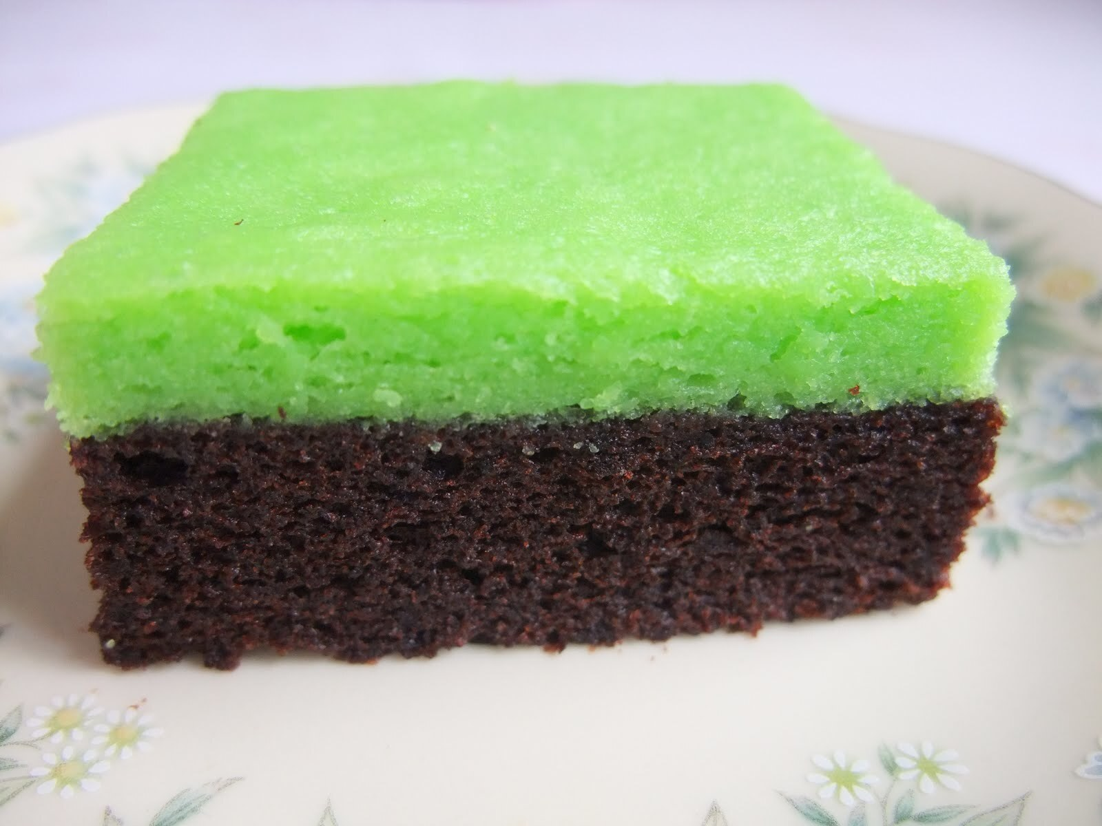 Steamed Chocolate Brownies Layer Green Cheese Cake