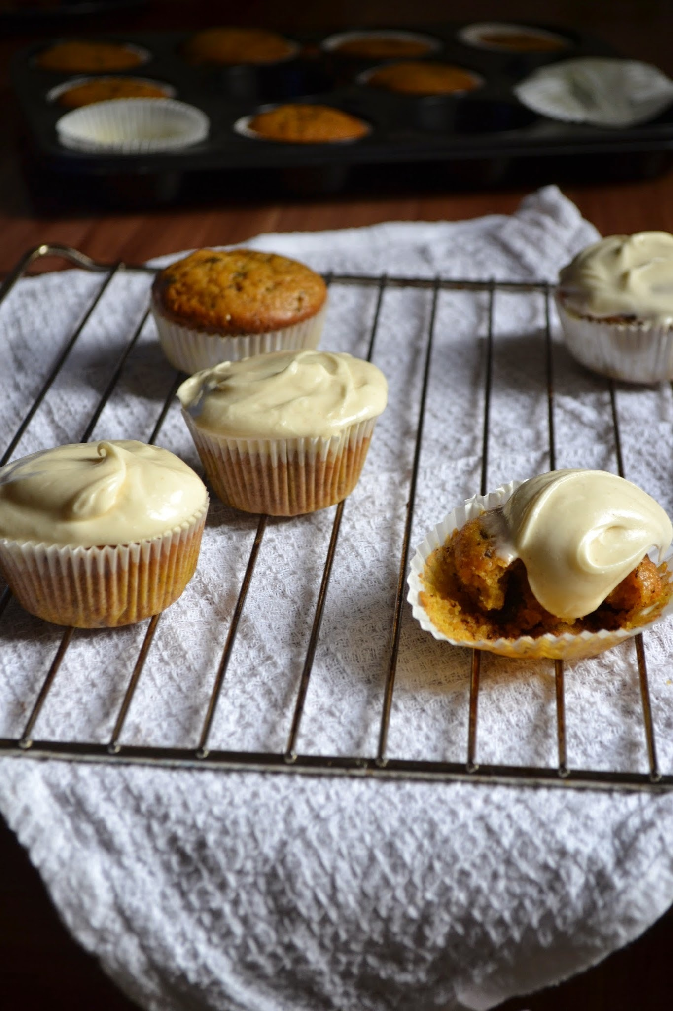 Pumpkin Spice Cupcakes {Pumpkin October}