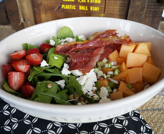 Happy New Year: Melon and strawberry salad with bacon and feta