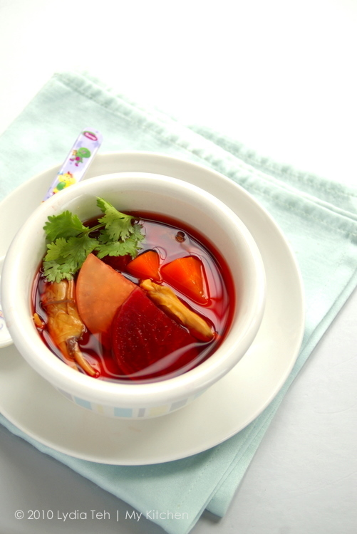 Tri-Root Soup [Mama, watermelon soup is yummy!]